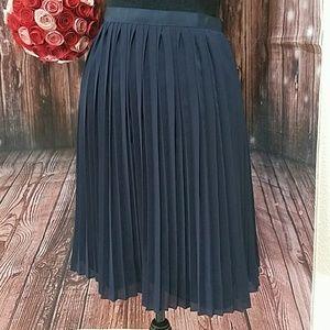 J. CREW Navy Accordion pleated skirt